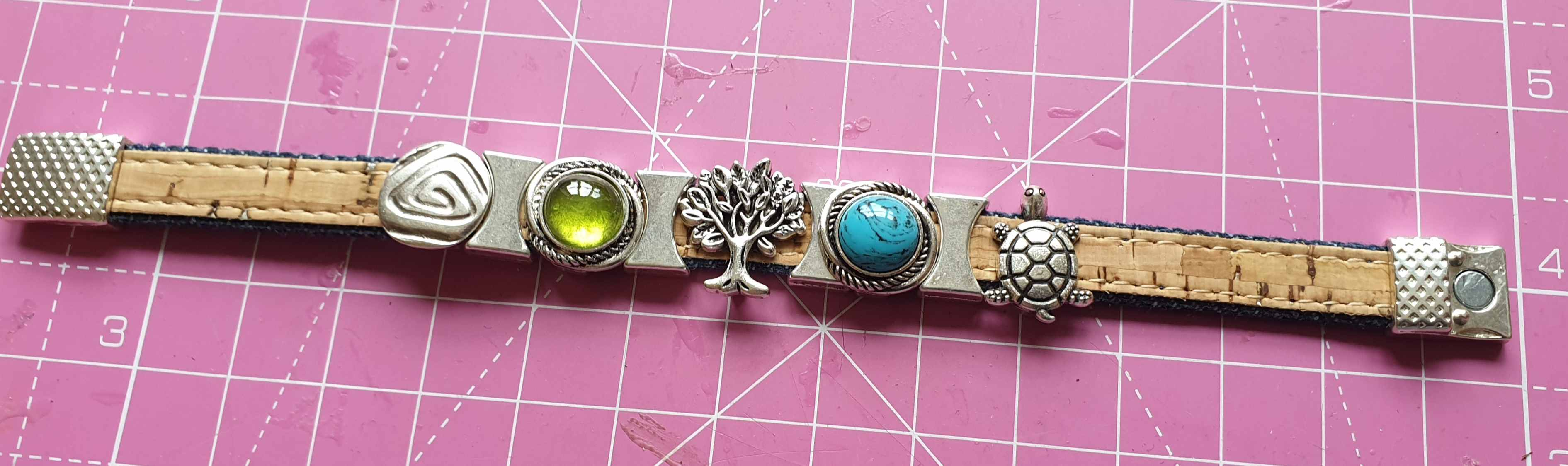 Bracelet with birth stone