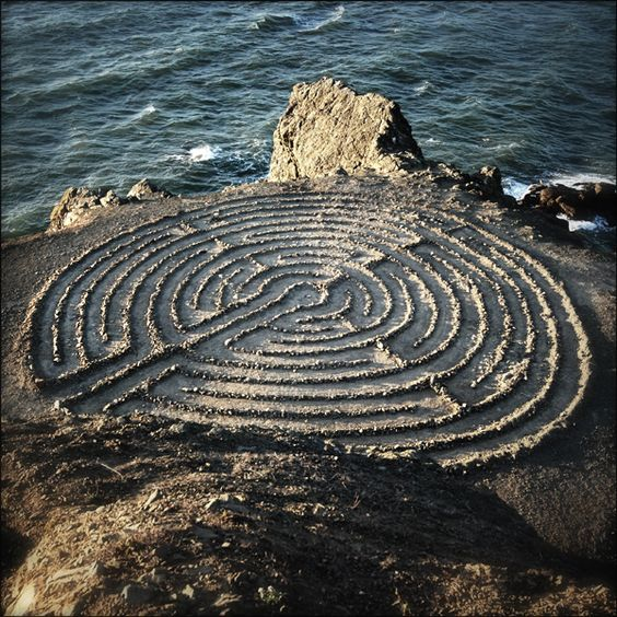 Sea labyrinth